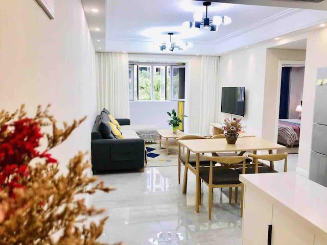 【心怡】朗园 荆州方特 万达商圈 圆博园 现代简约大两居室