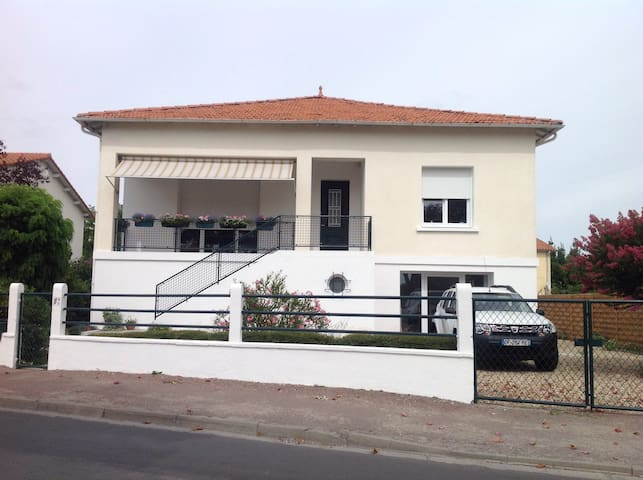 Self-contained flat near beaches - Saujon - Appartamento