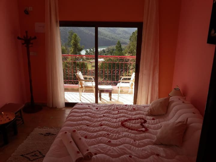 Double room with balcony and stunning view in Dar l'eau Vive