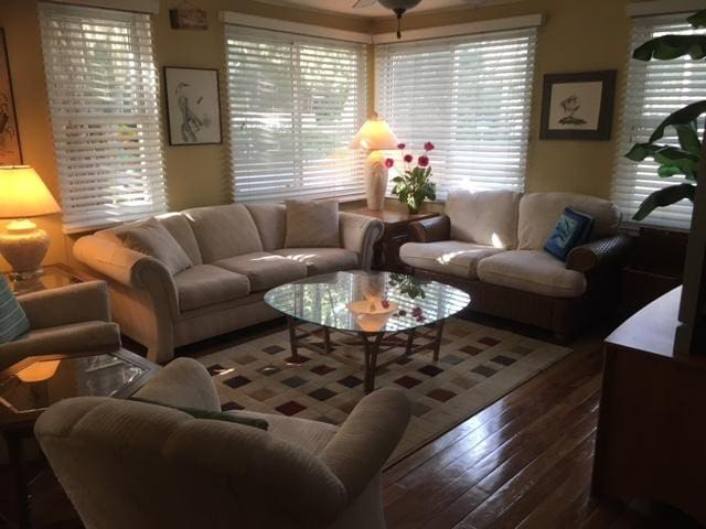 2 bedroom home on Bayshore