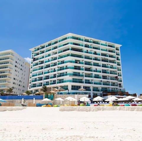 Beautiful SKY Ocean Dream Cancun