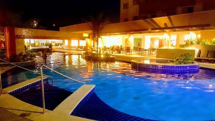 Apto em belo resort ao lado Thermas dos Laranjais