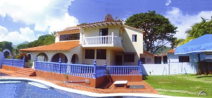 Lujosa Casa cerca de las playas mas famosas