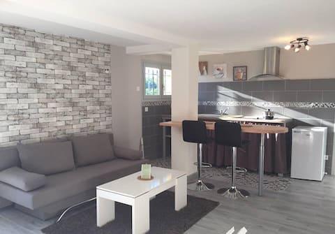 Studio moderne entre Sarlat et Rocamadour