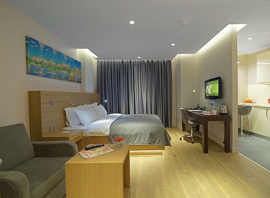 Nice room with kitchen near the taksim square chambres d for Chambre d hotes nice