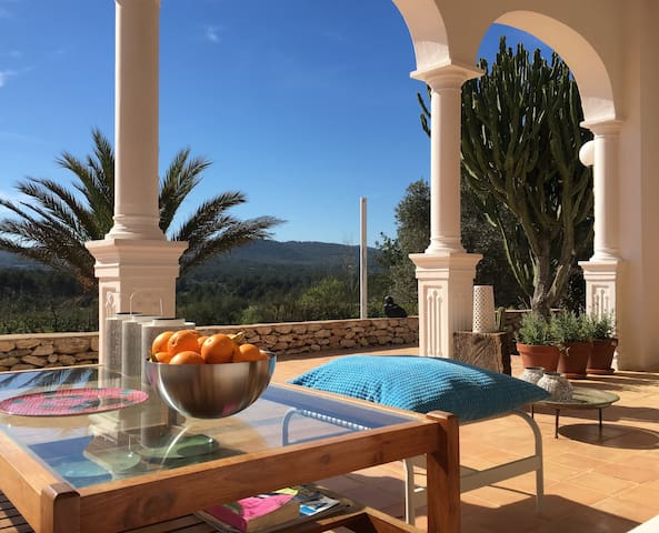 Paradiso room in stylish finca - Sant Rafel - Vila