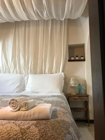 Trullo Zefiro Junior Suite with private Patio