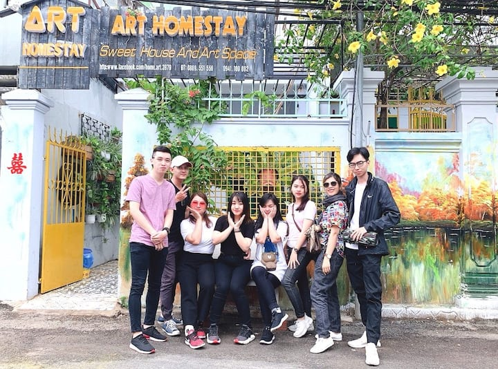 Art Homestay  - Dorm A, 8B, 300m to beach & center