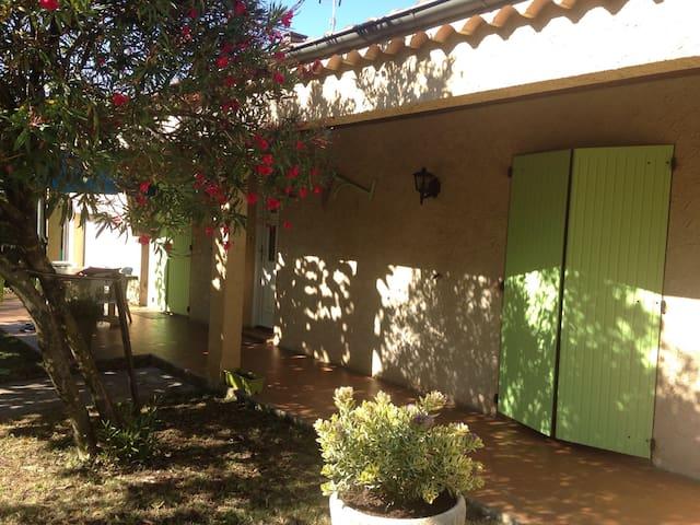 Villa en Drôme Provençale avec piscine 6 pers. - Malataverne