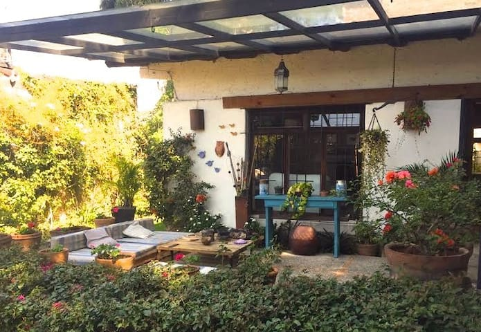 Beautiful House in the Center of Valle de Bravo - Valle de Bravo - Huis