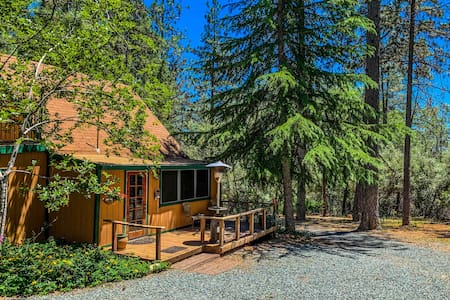 Secluded Forest Farm & Cottage in Sierra Foothills
