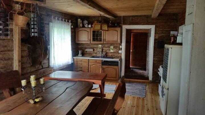 Puiki sodyba šeimai/kompanijai Krištapiškių kaime