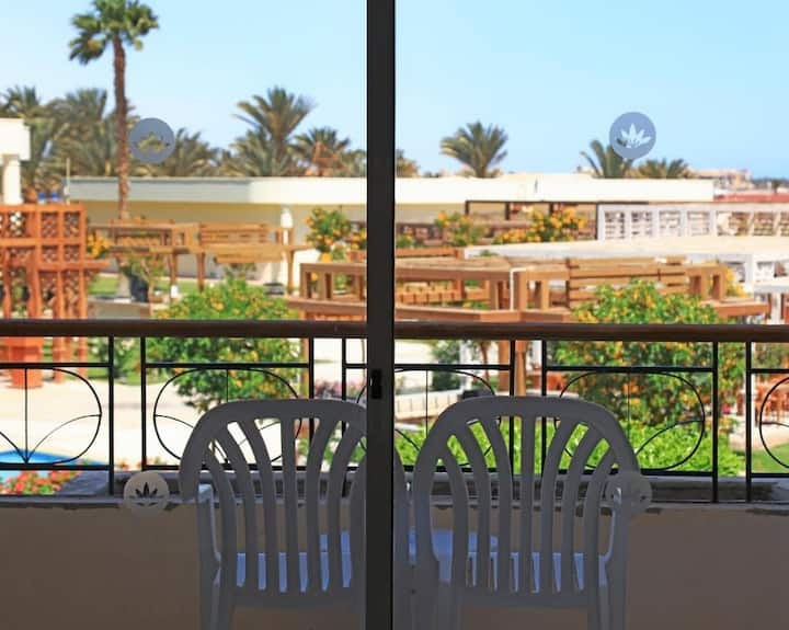 Pleasant Double Garden View At Hurghada