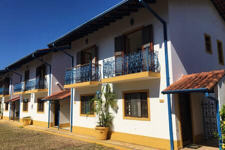 Casa condomínio a 300m da praia Maranduba Ubatuba*
