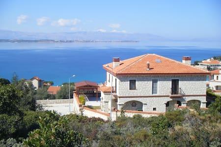 Venus Bay Villa - Çeşme - วิลล่า