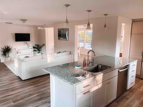Brittons Hill - adorable 2/1 with full kitchen