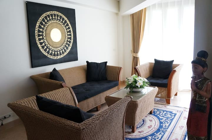 Deluxe Apartment in Tropical Beach Condo