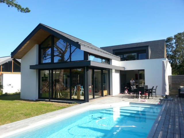 Chambre independante avec piscine et petit dej - Le Pouliguen - Casa