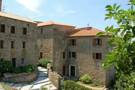 Logement entier à Fozzano - Fozzano - Byt