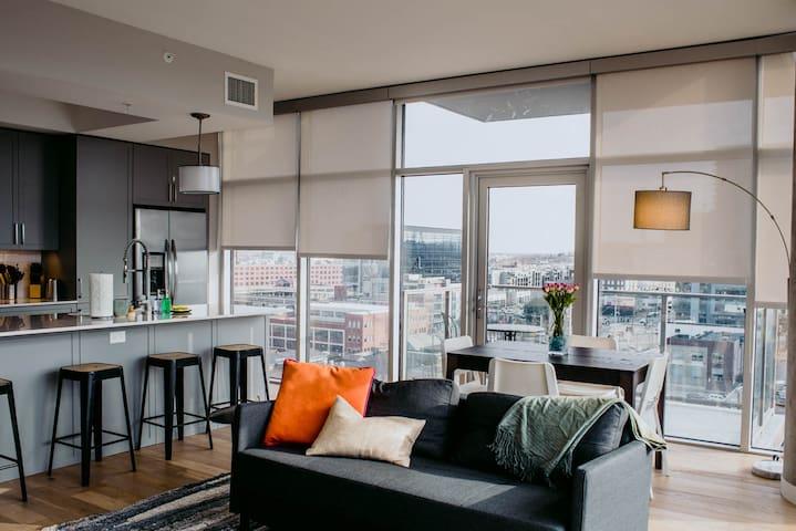 Kasa | Nashville | Hip 2BD/2BA Apartment | 31+ Day Rental ONLY