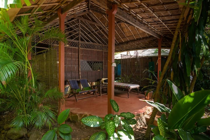 Romantic GetAway in the jungle @ Bhakti Kutir