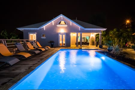 Villa Lou, villa de standing piscine 10 pers - Sainte-Luce