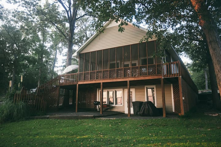 Wateree Lake Front 2 Bedroom