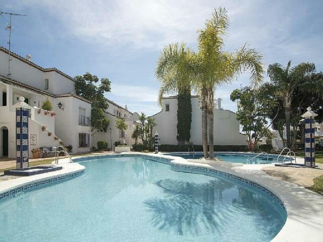 Amazing house in Marbella - Marbella, Andalucía, ES - Hus