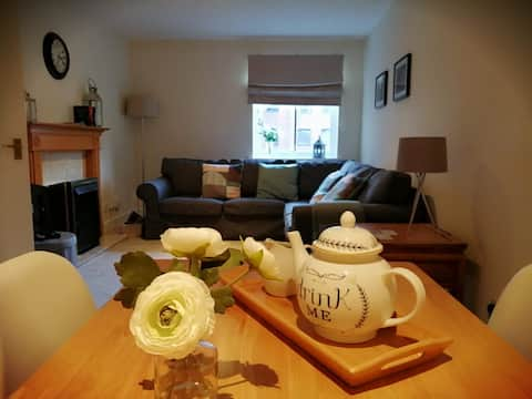 Charming central flat in Murrayfield