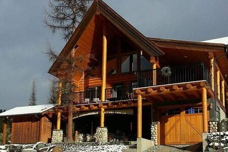 Beautiful Log Home - Kimberley - Talo