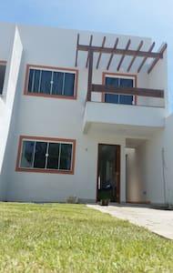 Casa no centro de Grussai