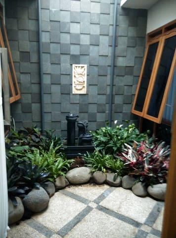 Villa Taribandung - Coblong - Domek gościnny