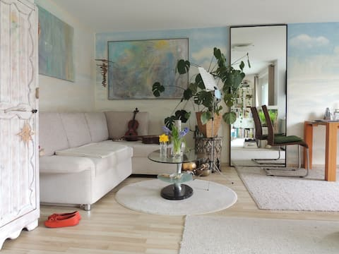Blick ins Grüne EG-1-Zimmer-Whg/ Terrasse, seenahe