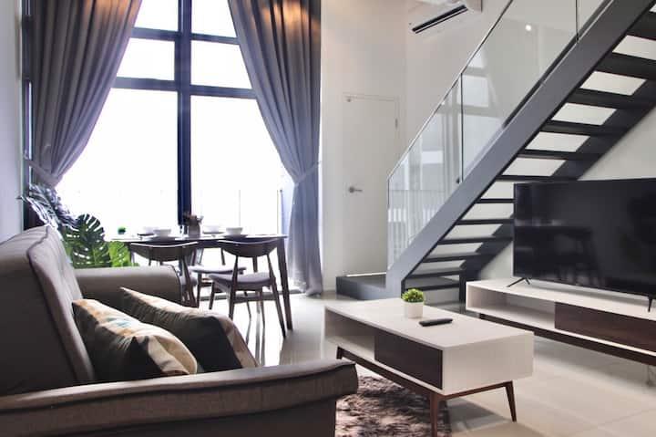 [NEW] Premium Suite W/ Balcony By Moka   Ekocheras
