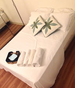 Master BED ROOM girls only  •61M - Honolulu - Appartement