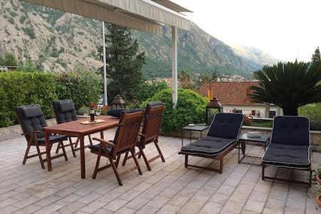 Exclusive Orahovac Villa 30 meters from the sea - Kotor