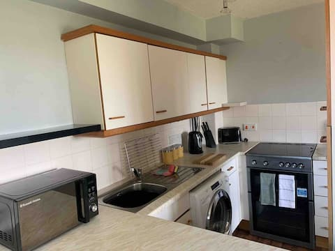 Spacious 1 bed apartment with stunning views