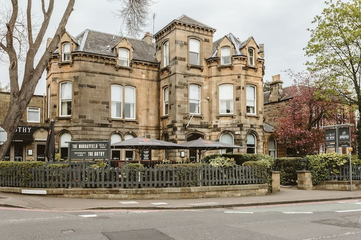 The Murrayfield Hotel & House