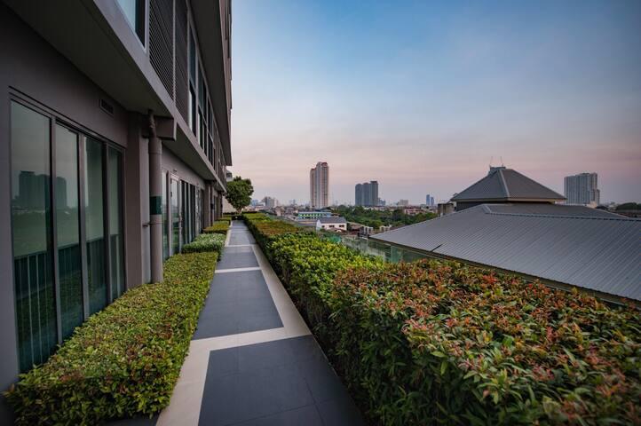Walk along Bangkok view