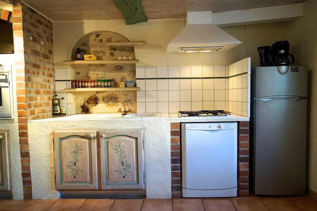Goed ingerichte Provençaalse keuken