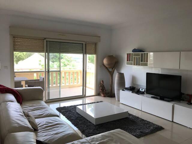 Superbe appartement avec piscine