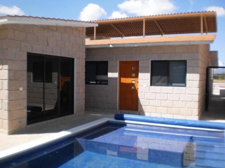 Casa 1 con suites de lujo y alberca privada