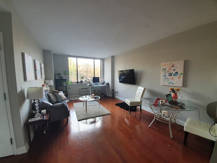 Edgewater NJ, 25min NYC,$950/month, 1person