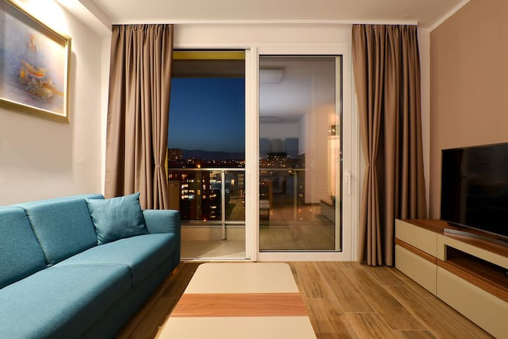 Brand new luxury apartment Blue Gallery