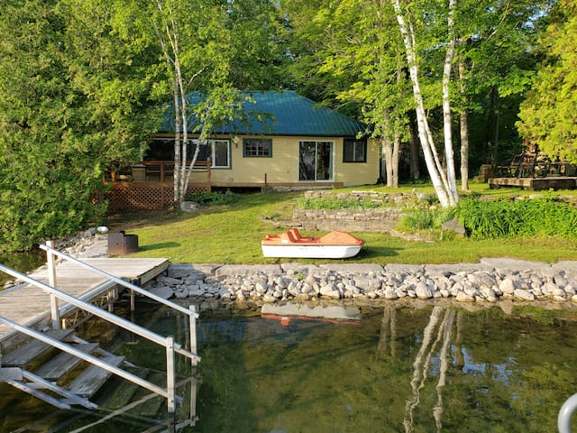 Sandy Lake cottage. Peaceful, cozy retreat.