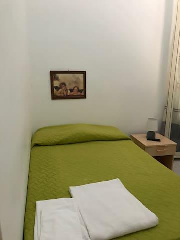 """Affitt. """"La Conchiglietta"""" Room Torre Scibini"""