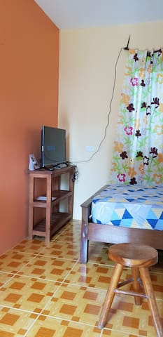 Elsa's Place 1 Staycation House