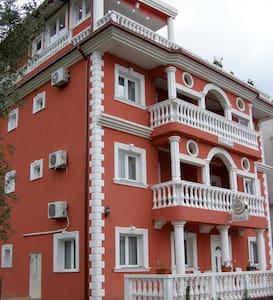 Hotel Wellnes & Spa Angelo Gabriel - Petrovac