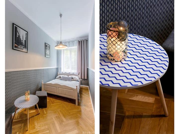 Wspólna Street Central Warsaw Room ClickTheFlat 1
