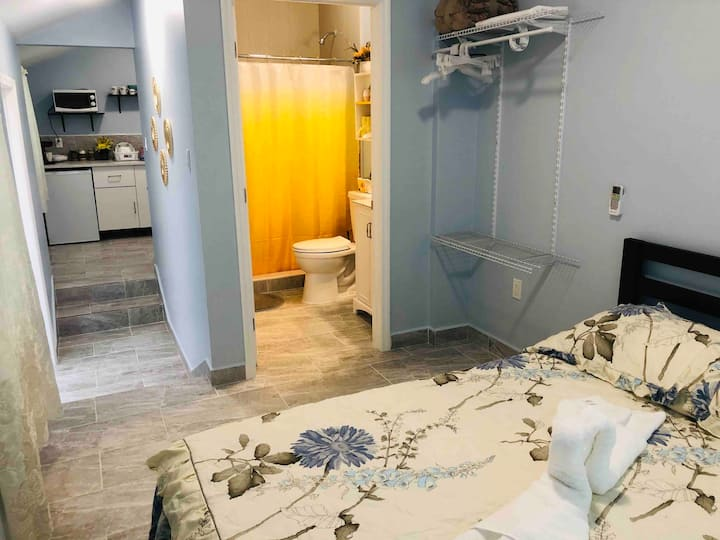 New luxurious studio prívate in the heart of Miami